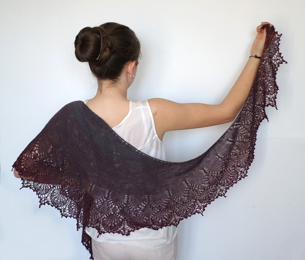 châle boo knits out of darkness tricot dentelle