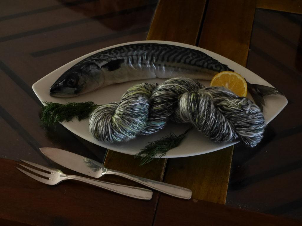 fil artisanal art textile maquereau soie